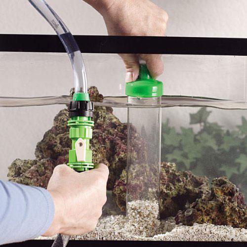 Как правильно чистить аквариум?